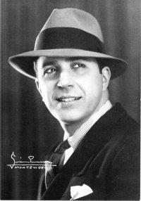 carlos_gardel_montevideo_1933
