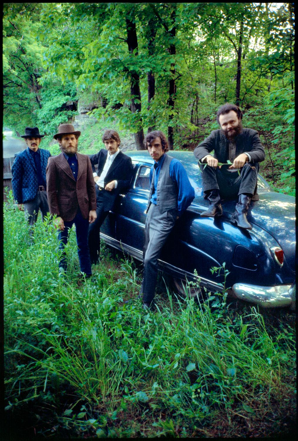 Bob_Dylan___The_Band__Credit_Elliott_Landy