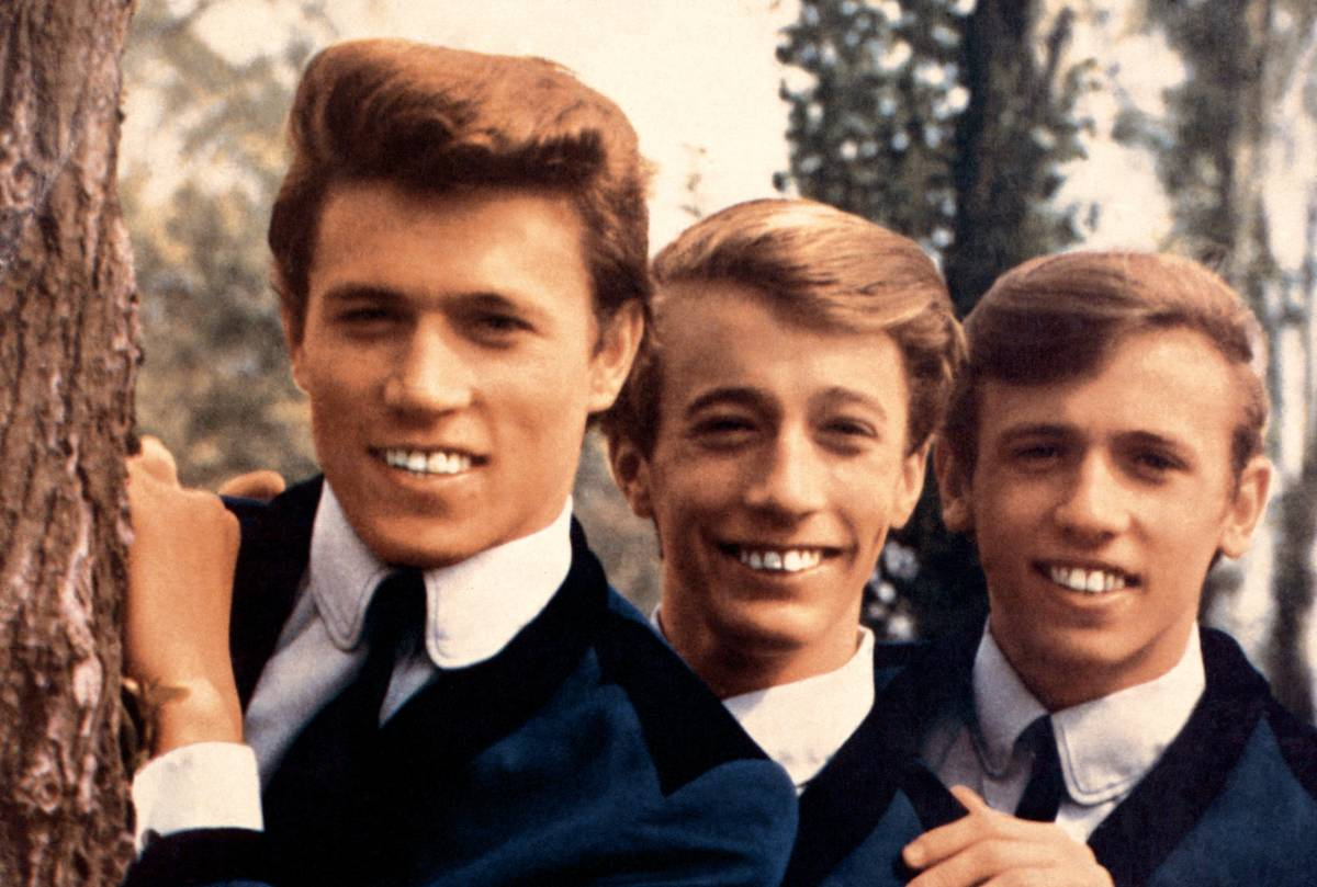 bee_gees_posed_in_1964_left_to_right_barry_gibb_robin_gibb_and_maurice_gibb_photo_by_gab_archiveredferns