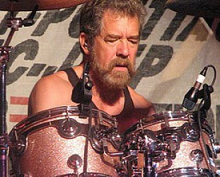 "CREEDENCE CLEARWATER REVISITED: Doug ""Cosmo"" Clifford interviewed (2011)"