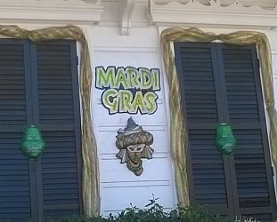 GUEST WRITER PIRIPI WHAANGA goes behind the masks of a New Orleans Mardi Gras