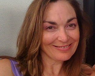 THE FAMOUS ELSEWHERE WRITERS' QUESTIONNAIRE: Louise Hayward