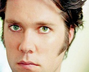 RUFUS WAINWRIGHT CONSIDERED (2012): Back in the game