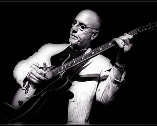 LARRY CARLTON INTERVIEWED (2104): Guitars for the stars