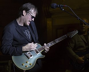 Joe Bonamassa and band; Auckland Town Hall, September 12 2014