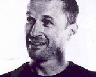 HARRY SINCLAIR INTERVIEWED (2011): Expat filmmaker talks about his life