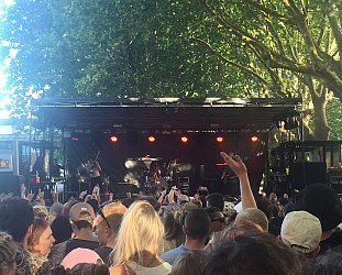 GUEST REVIEWER SHANI.O takes on Auckland's 2017 Laneway festival
