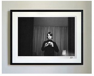 RINGO STARR, PHOTOGRAPHER TO THE STARS (2013): Photograph by Ringo Starr