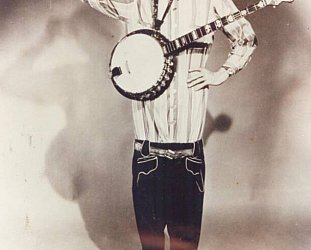 WE NEED TO TALK ABOUT . . . STRINGBEAN: Long lean banjo picker