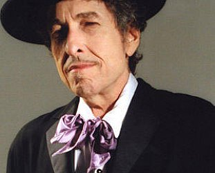 BOB DYLAN: PORTRAIT OF THE YOUNG MAN ARTIST AT 60 (2001): The road goes on forever . . . and ever