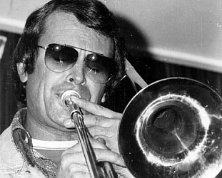 MERV THOMAS, AT AUDIOCULTURE (2020): Brass bands to Bird Dog, via rock'n'roll