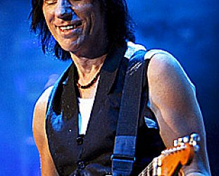 JEFF BECK INTERVIEWED AND REVIEWED (2008): If truth be known
