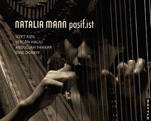 Natalia Mann: Pasif.ist (Rattle)