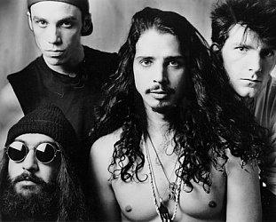 CHRIS CORNELL OF SOUNDGARDEN INTERVIEWED (1992): Pressure drop