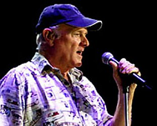THE BEACH BOYS' MIKE LOVE INTERVIEWED (2007, and concert review): Hang on to Your Ego