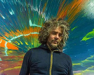 THE FLAMING LIPS CONSIDERED (2017): White punks on dope
