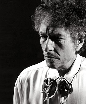 BOB DYLAN; ON LOVE AND LOST OPPORTUNITY (2020): If you see her say more than hello