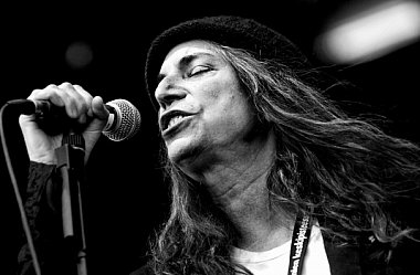 GUEST WRITER MADELINE BOCARO sees Patti Smith in NYC acknowledging her classic album Horses 40 years on