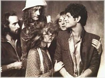 FLEETWOOD MAC, TUSK AGAIN (2106): Walk a tightrope line