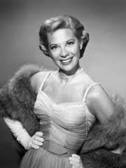 Dinah Shore: The Gypsy (1946)