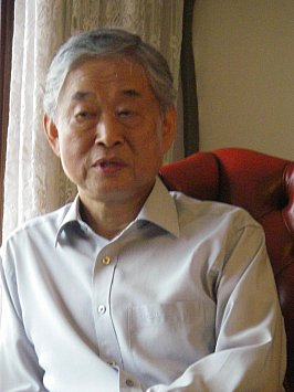 WE NEED TO TALK ABOUT . . . BYUNGKI HWANG: a Korean master musician at home
