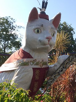 Kuching, Sarawak: A welcome return to cat city