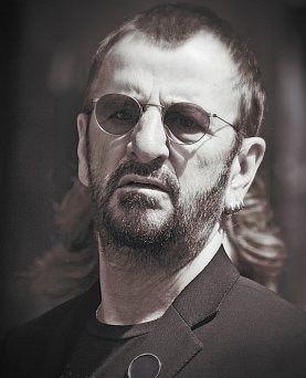 RINGO STARR REFLECTING 2015 He Aint Going Nowhere Man