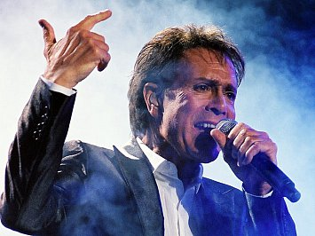 CLIFF RICHARD ENCOUNTERED (2013): Is Cliff a voice in the wilderness?