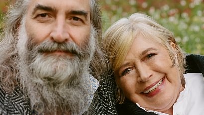 MARIANNE FAITHFULL AND WARREN ELLIS (2021): Time to cry and laugh about it all again