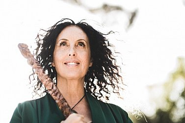 THE FAMOUS ELSEWHERE WORLD MUSIC QUESTIONNAIRE: Moana Maniapoto