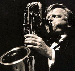 GERRY MULLIGAN. IF YOU CAN'T BEAT 'EM, JOIN 'EM, CONSIDERED (1965): Through the smoke rings of his mind . . .