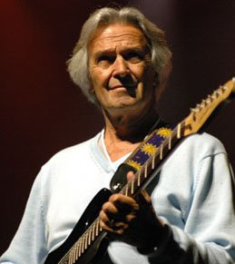 JOHN McLAUGHLIN INTERVIEWED (2009): Has guitars, will travel