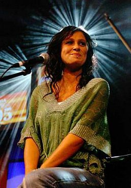 KASEY CHAMBERS AND SHANE NICHOLSON INTERVIEWED 2008: The family that plays together . . .