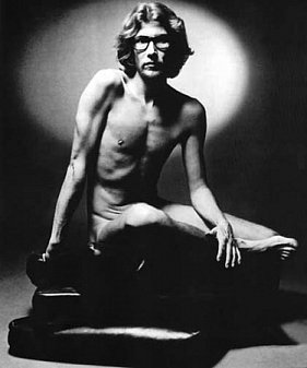 YVES SAINT LAURENT (2013): Our man in Marrakech