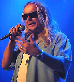 Robin Zander: Fly Me to the Moon (2011)
